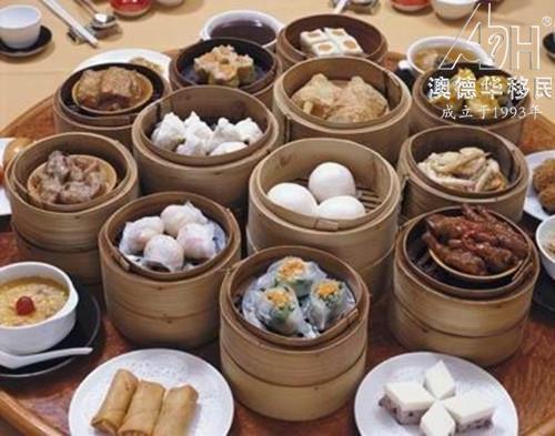 为什么香港人的平均寿命全球第一?看看答案吧!